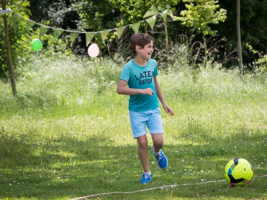 Anniversaire 100% Foot 7-12 ans à domicile ou dans un parc