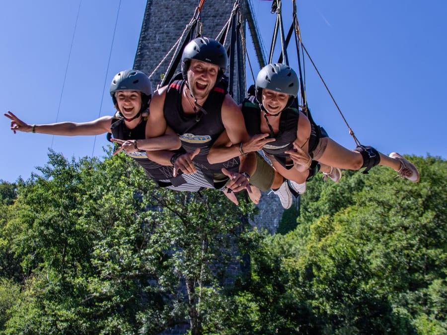 Balançoire géante- Swing depuis le Viaduc de la Souleuvre