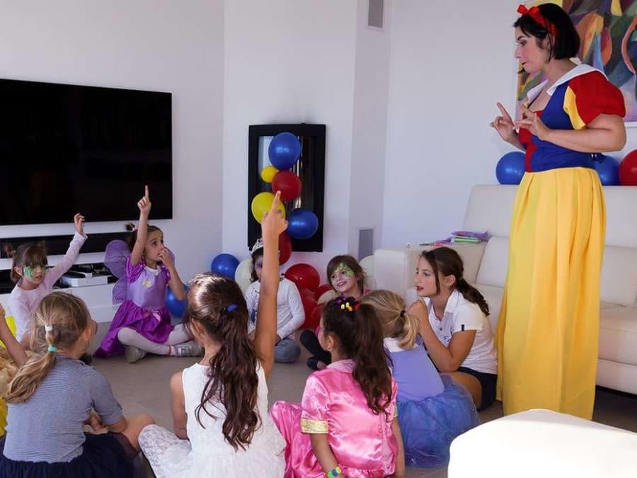 Anniversaire Blanche Neige 3-12 ans à domicile (IDF et Reims)