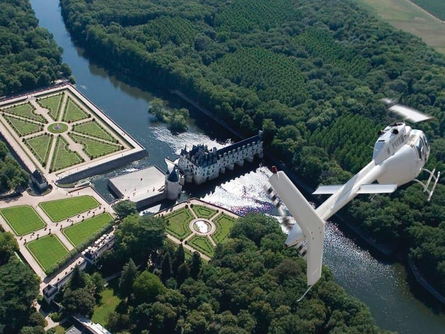 Vol en Hélicoptère au-dessus du Château de Chenonceau