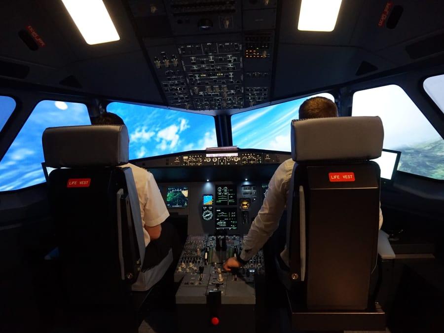 Simulateur de pilotage d'avion de ligne à Paris