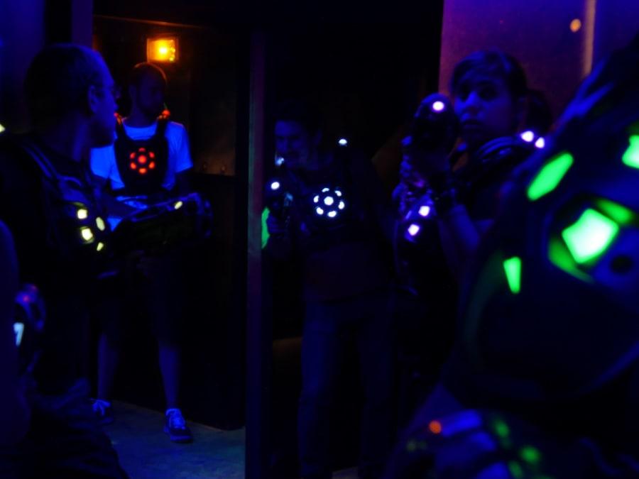 Anniversaire Laser Game & VR 7-18 ans à Paris Villup (75019)