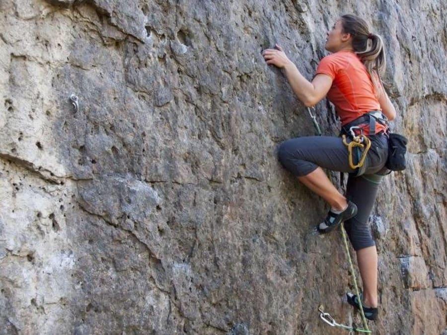 Initiation à l'escalade au ravin de la Joncas (34)