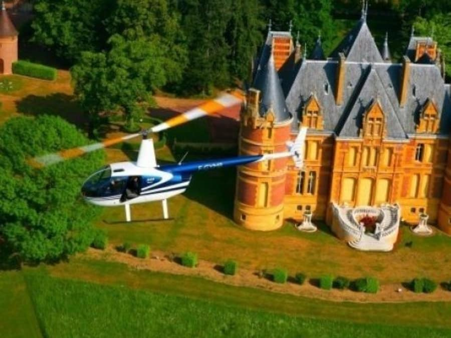 Survol en hélicoptère des Châteaux du Beaujolais : Promo -32% !