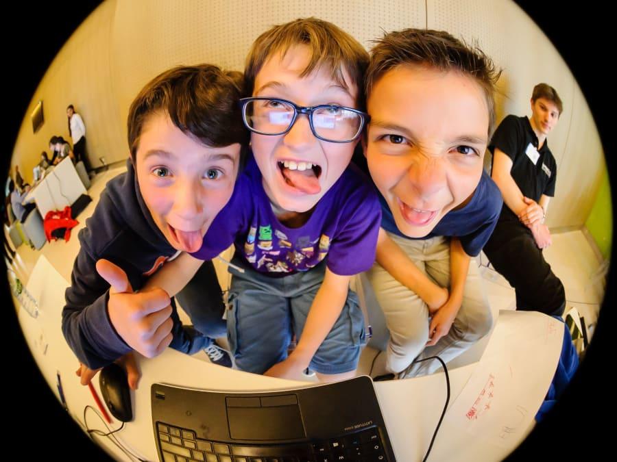 Anniversaire Minecraft, Game & Robot 7-15 ans à Vincennes (94)