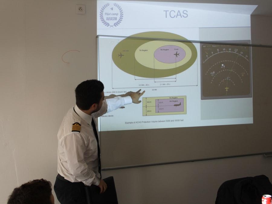 Stage vacances Simulateur de pilotage 14-19 ans à Toulouse (31)