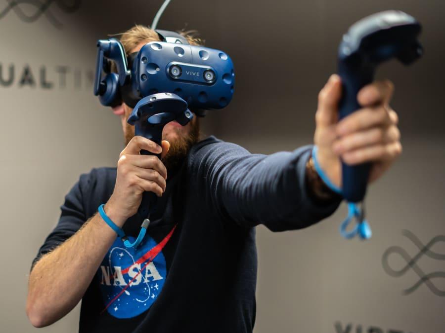 Expérience de Réalité Virtuelle à Aéroville (95)