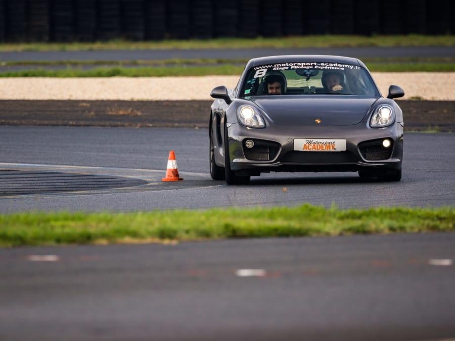 Stage de pilotage Porsche Cayman S - Circuit du Mans (72)