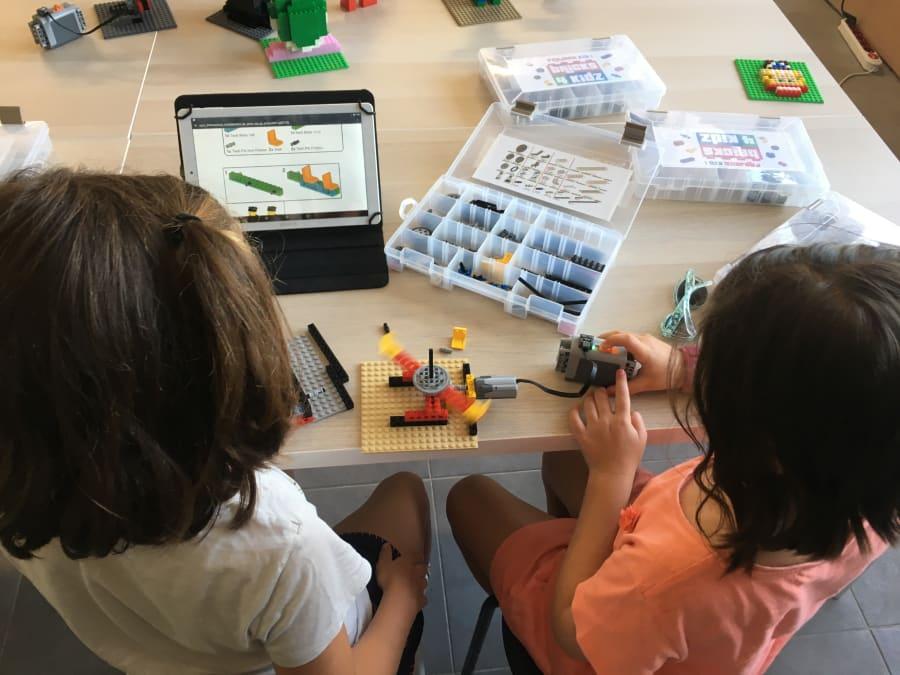 Anniversaire LEGO® motorisé 4-13 ans à domicile (Nice, Monaco)