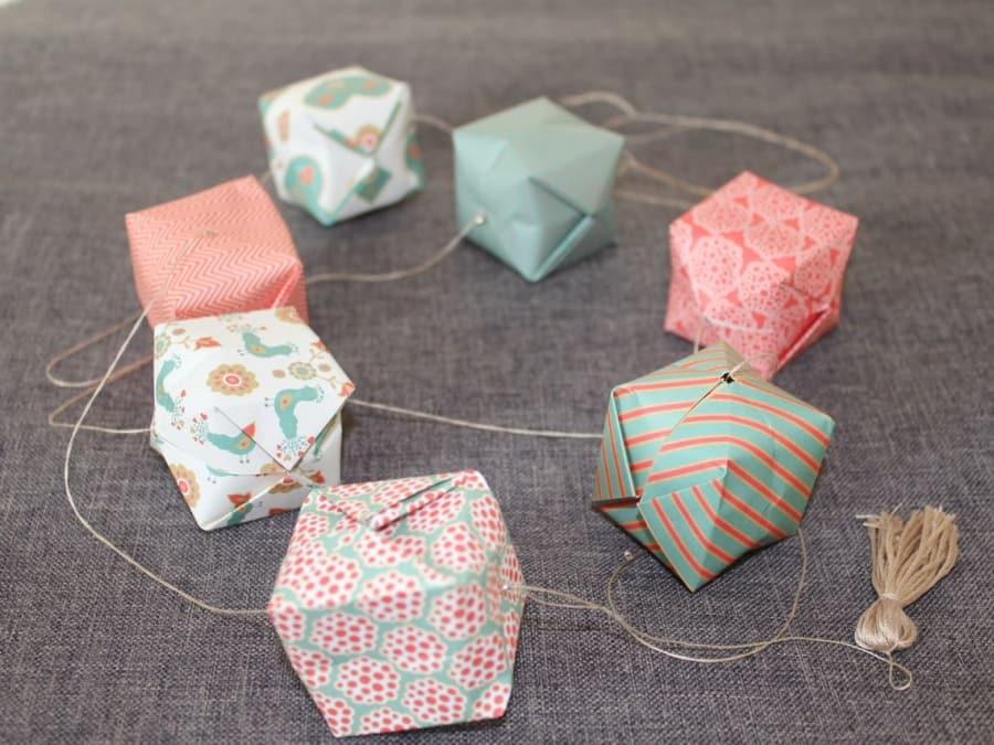Anniversaire Création de Guirlandes en Origami à domicile