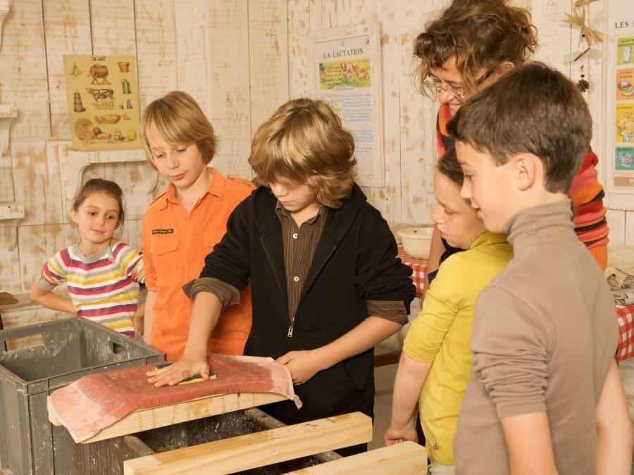 Atelier Papier & animaux  Ferme de Gally (St-Cyr-l'Ecole)