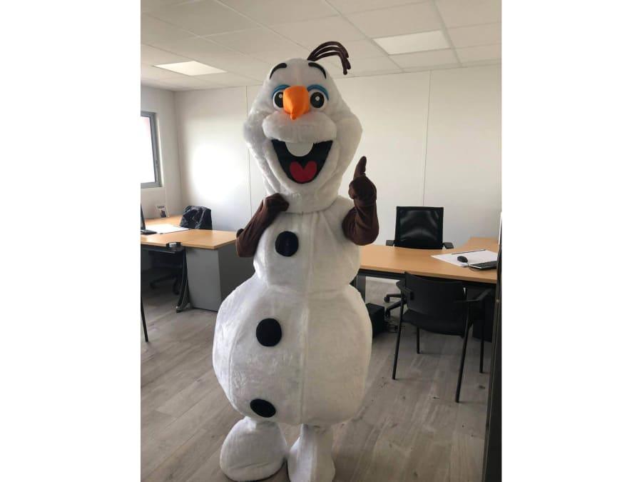 Show de Mascotte OLAF La Reine des Neiges