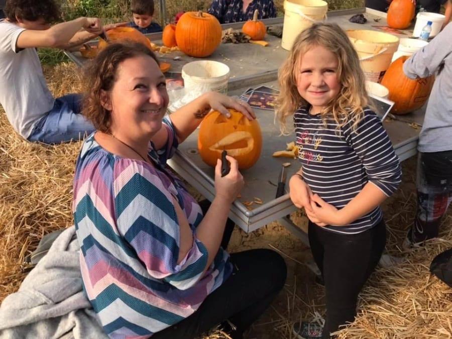 Atelier citrouille d'Halloween à la cueillette de Cergy (95)