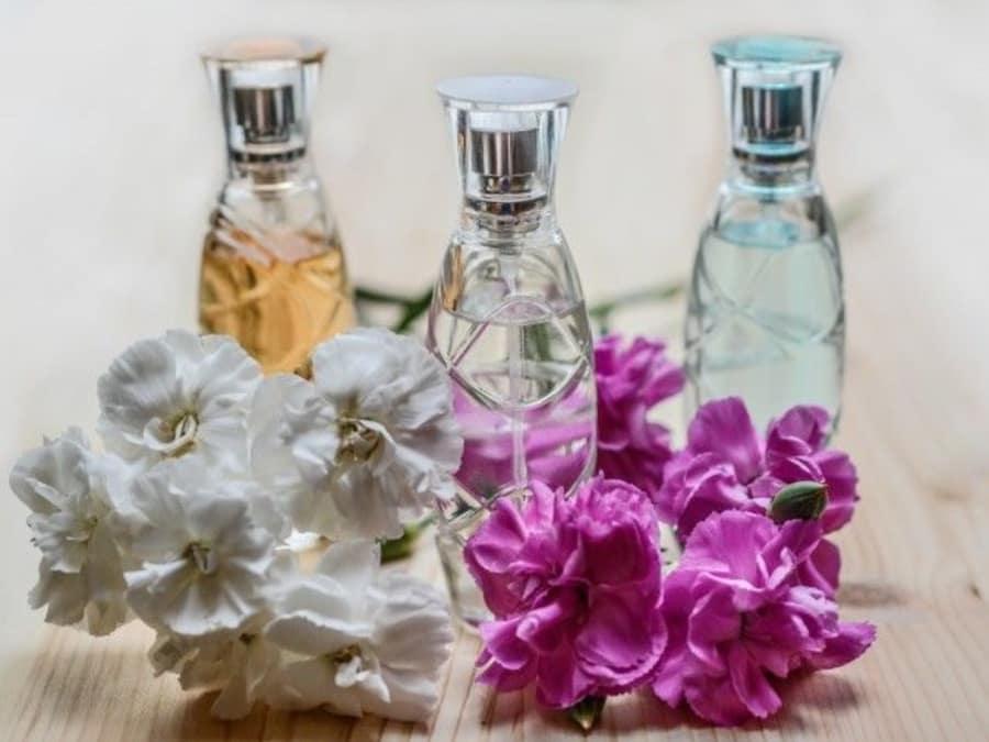 Anniversaire Création de Parfums Naturels à domicile