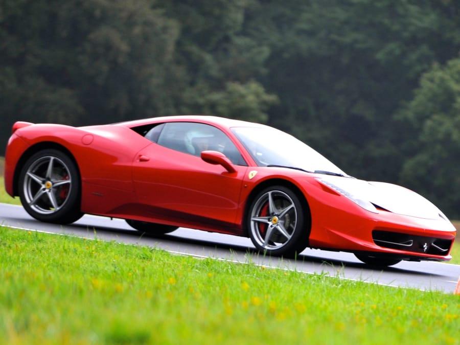 Stage de pilotage en Ferrari 458 -Circuit du Luc (Var, 83)