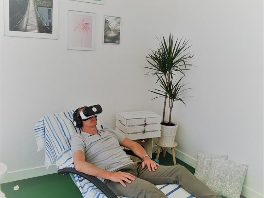 Séance de relaxation en Réalité Virtuelle à Domicile