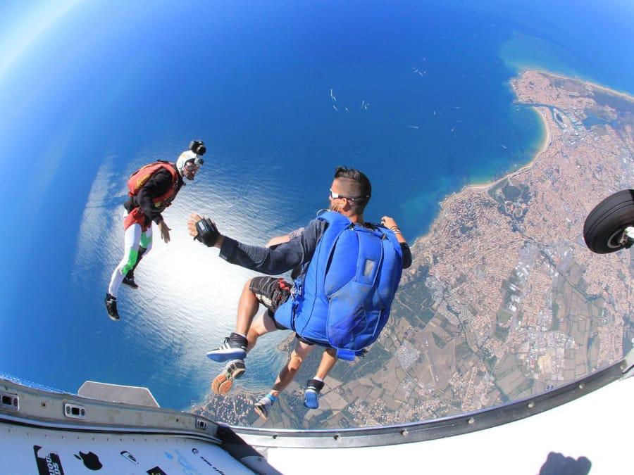 Saut en parachute au dessus des Sables d'Olonnes