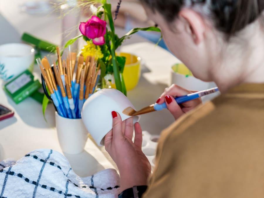 Team Building Peinture sur Céramique en Ile-de-France