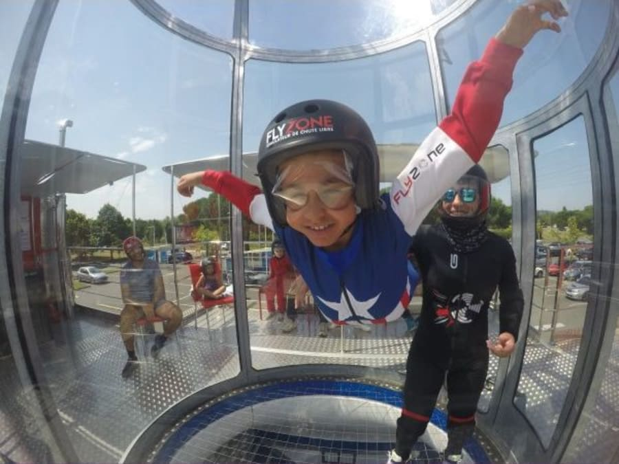 Anniversaire Simulateur de chute-libre en soufflerie à Lézignan