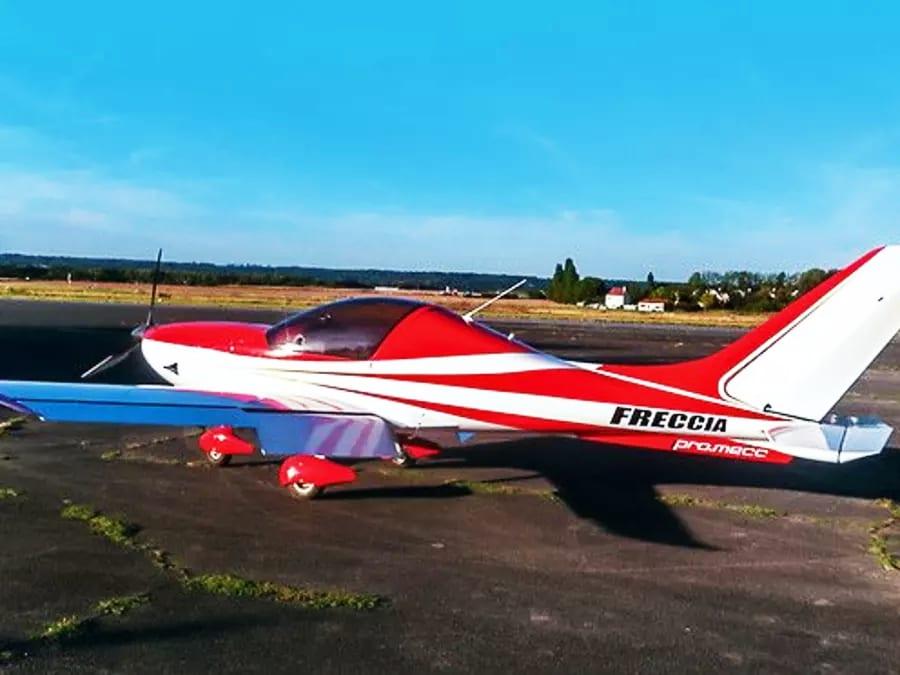 Initiation au pilotage d'ULM proche de Paris (Saint-Cyr)