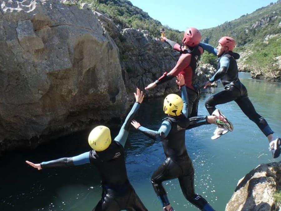 Team Building Canyoning dans les Gorges de l'Hérault (34)