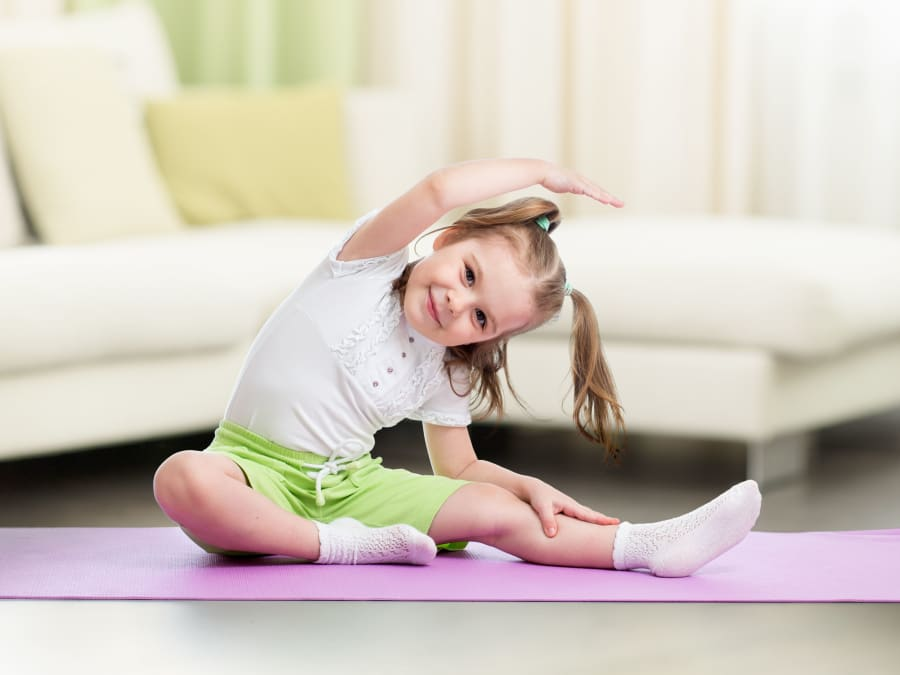 Anniversaire Yoga 5-12 ans à domicile (30 & 34)