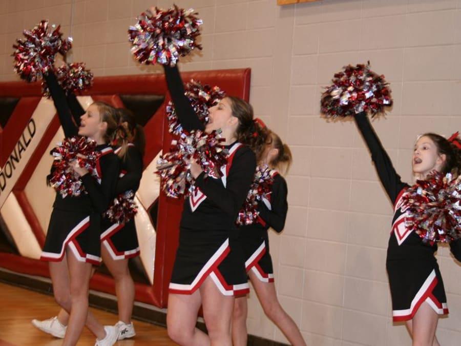 Anniversaire Cheerleaders pour les 6-15 ans à Saint-Ouen (93)