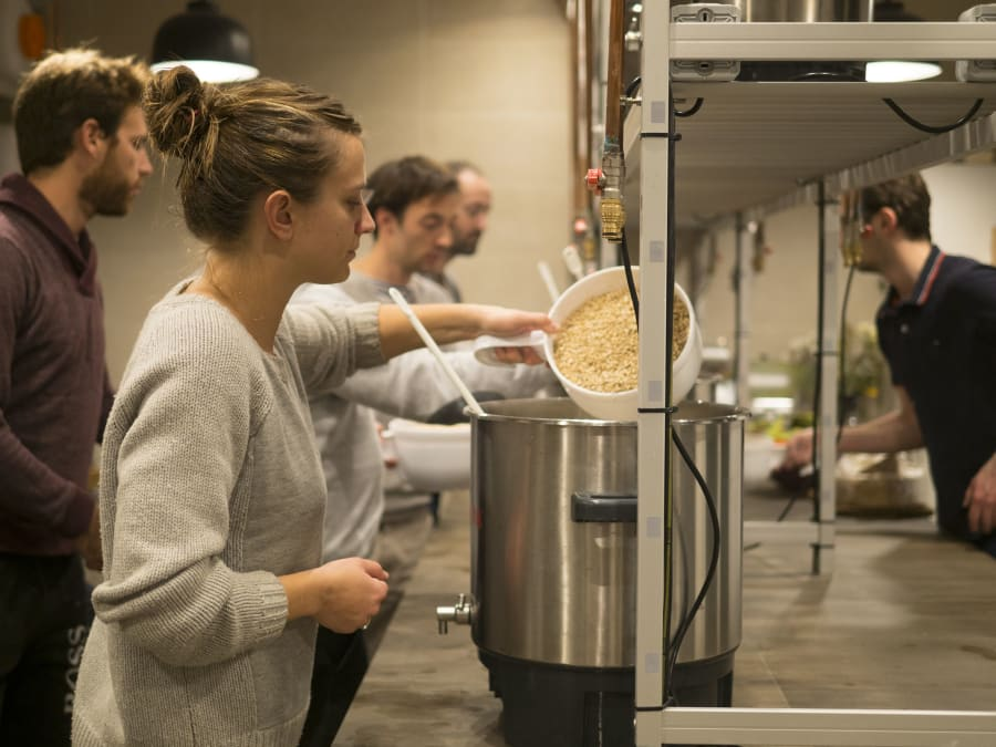 Team Building Brassage de votre propre Bière à Paris