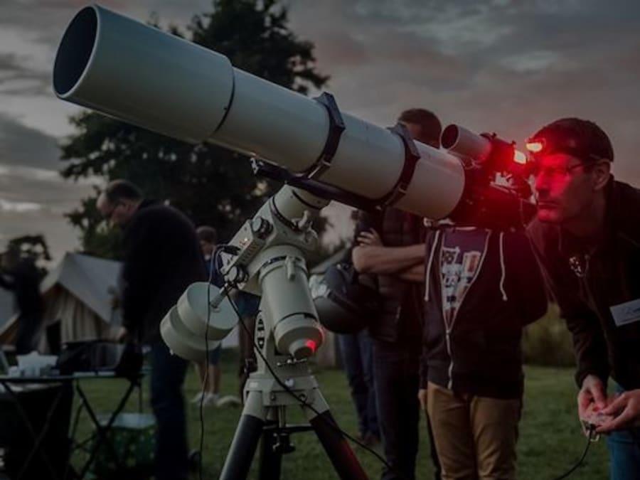 Animation télescope sur le lieu de votre événement d'entreprise