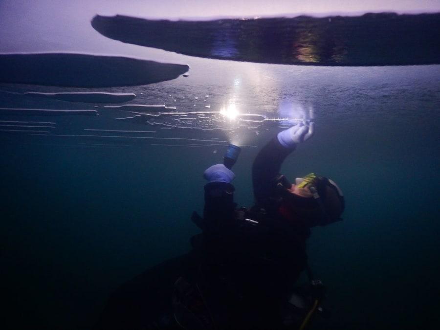 Plongée sous glace proche Val-Cenis (Savoie, 73)