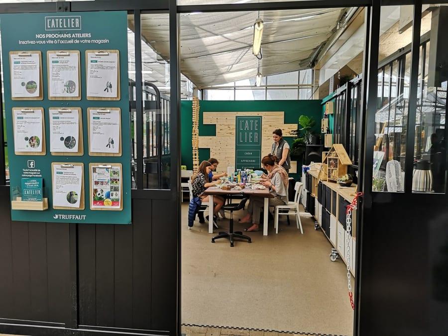 Atelier enfant création bulle de plantes, Truffaut Plaisir