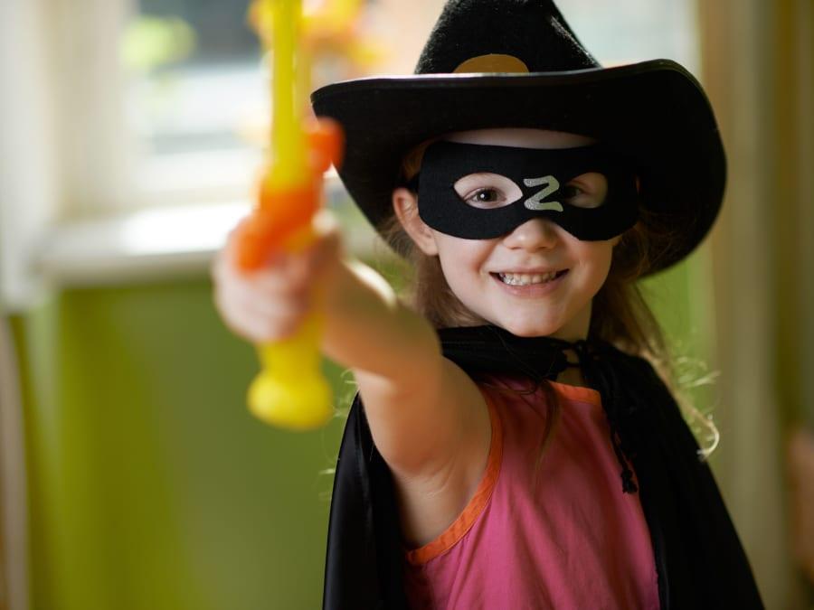 Anniversaire Zorro 3-12 ans à domicile (33 & 24)