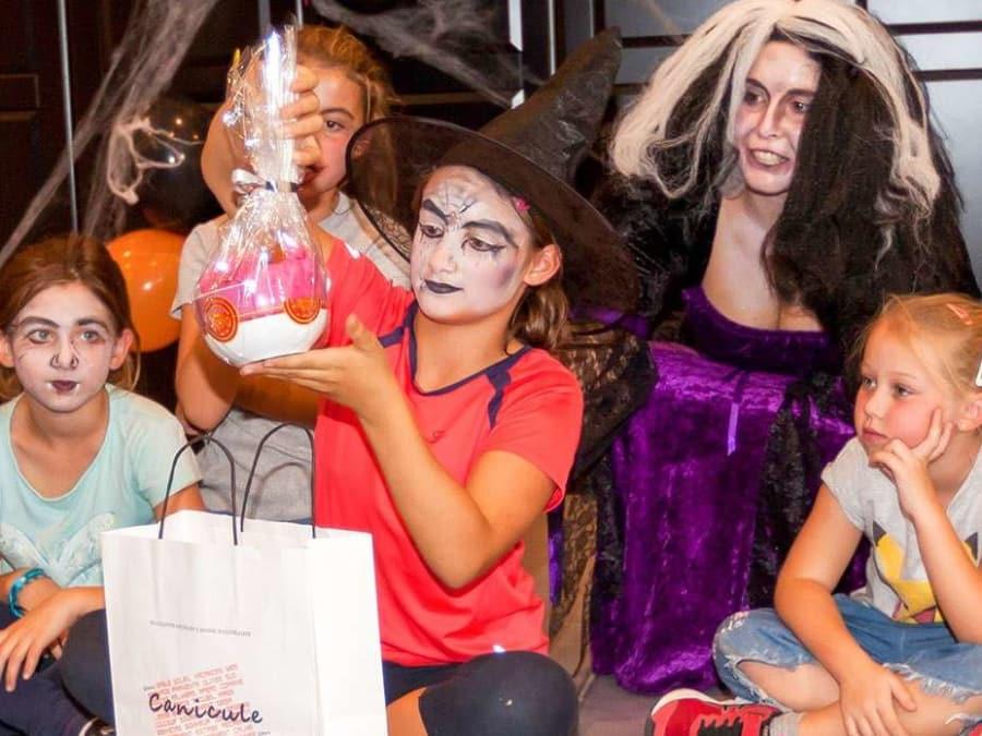 Anniversaire Halloween et sorcières 3-12 ans à domicile