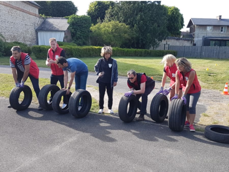 Team Building Car's Challenge