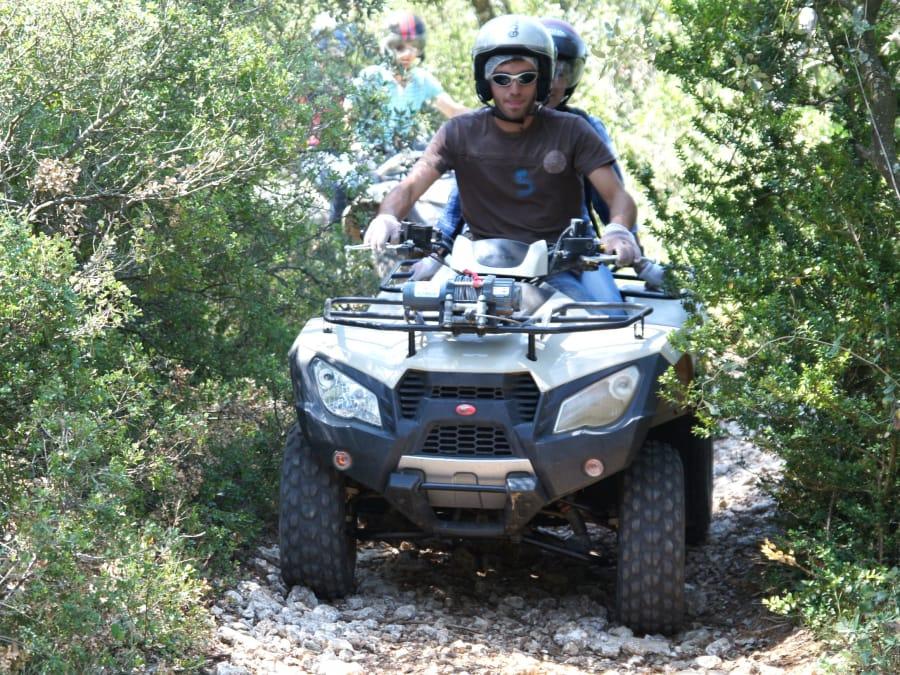 Randonnée Quad initiation découverte aux alentours d'Uzès