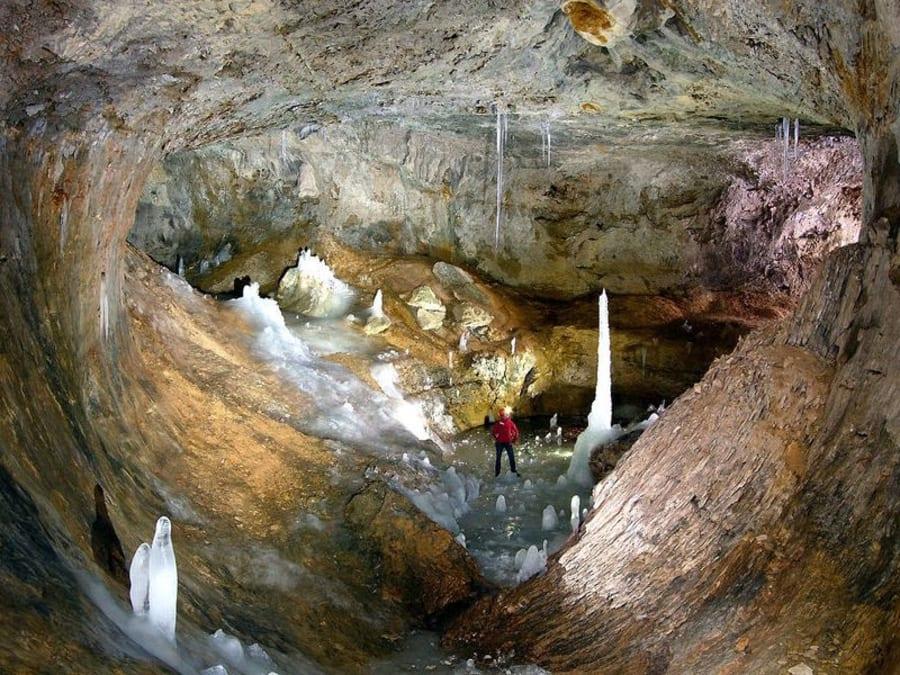 Spéléologie Grotte du Curé proche Grenoble (38)