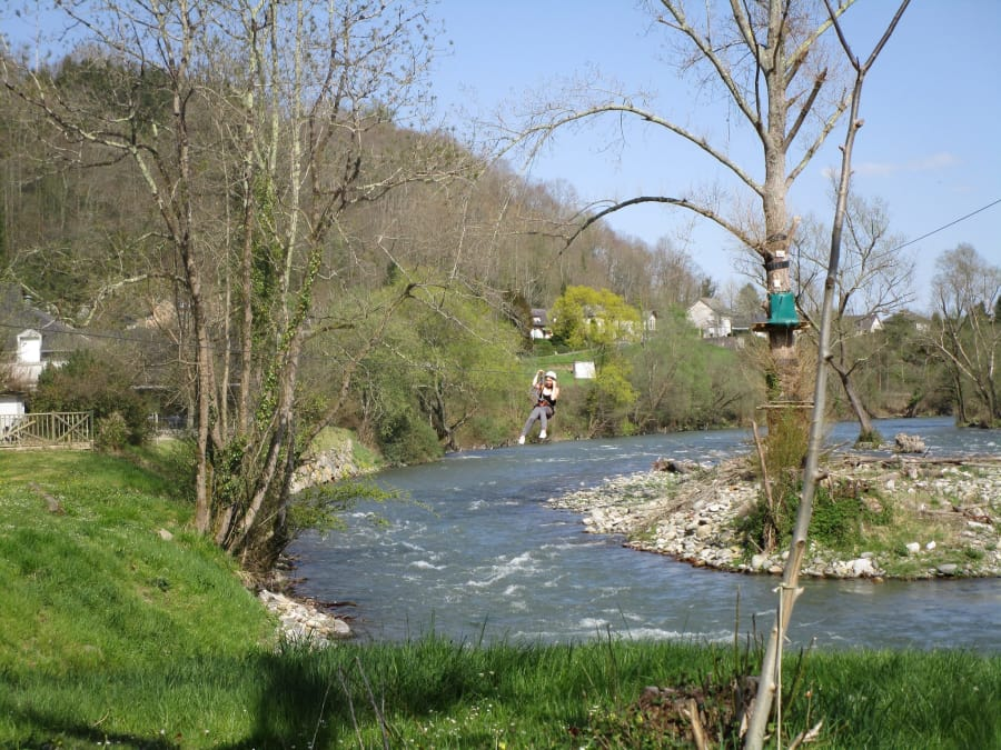 Parc aventure Accrobranche proche de Lourdes (Hautes-Pyrénées)