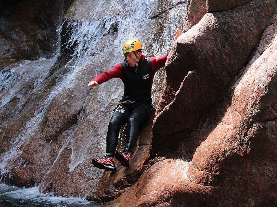 Canyoning dans le canyon de la Vacca en Corse (2A)