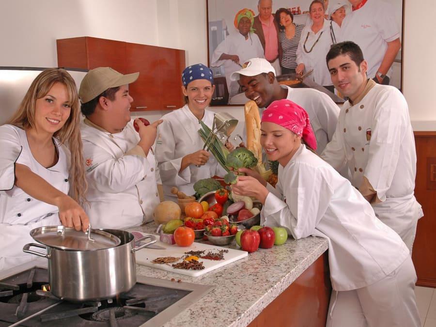 Team Building Atelier de Cuisine ou de Pâtisserie
