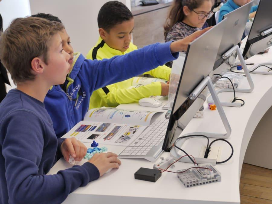 Cours de Programmation & Robotique 6-14 ans à Paris 14ème