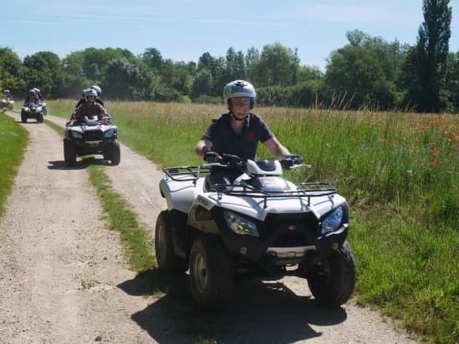 Initiation au Quad pour enfants & adultes proche de Lyon (69)