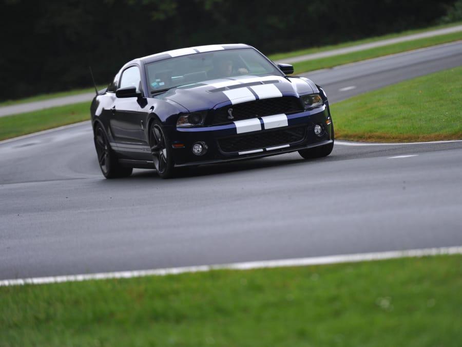 Stage de pilotage en Mustang Shelby - Circuit des Ecuyers (02)