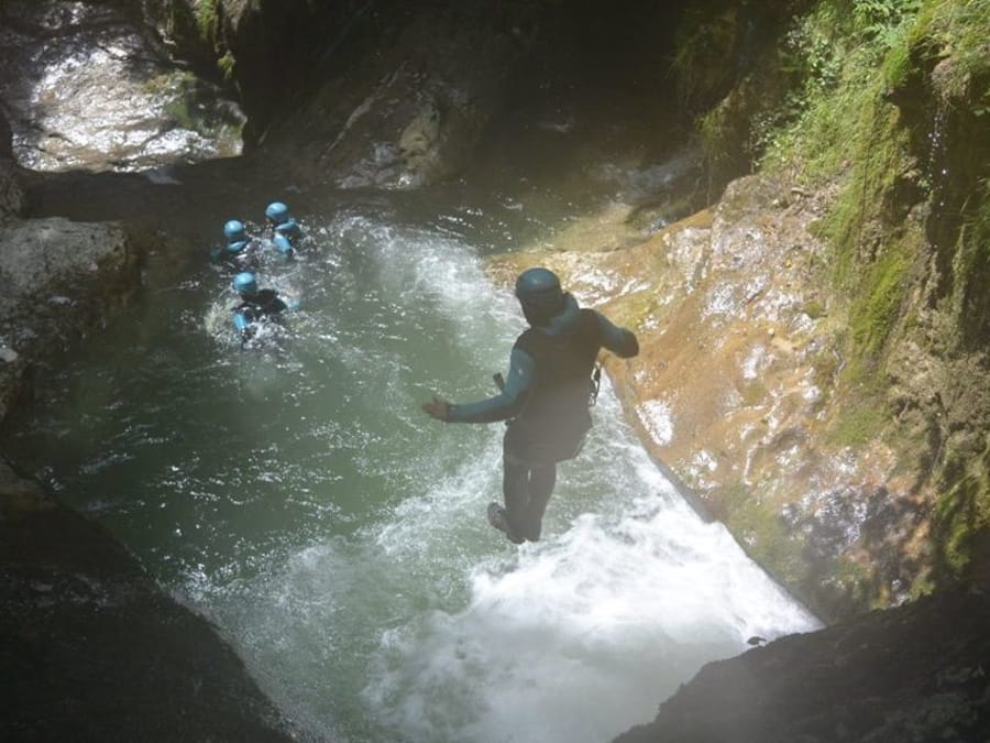 EVG Canyoning dans le canyon des Ecouges près de Grenoble (38)