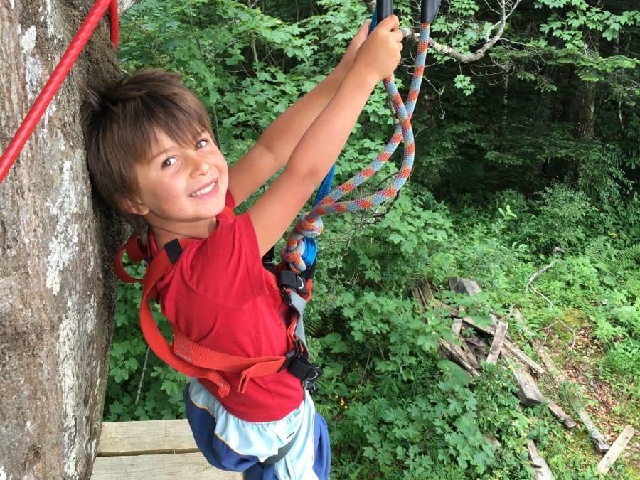 Parcours aventure Accrobranche dans le Haut-Jura (Gex)