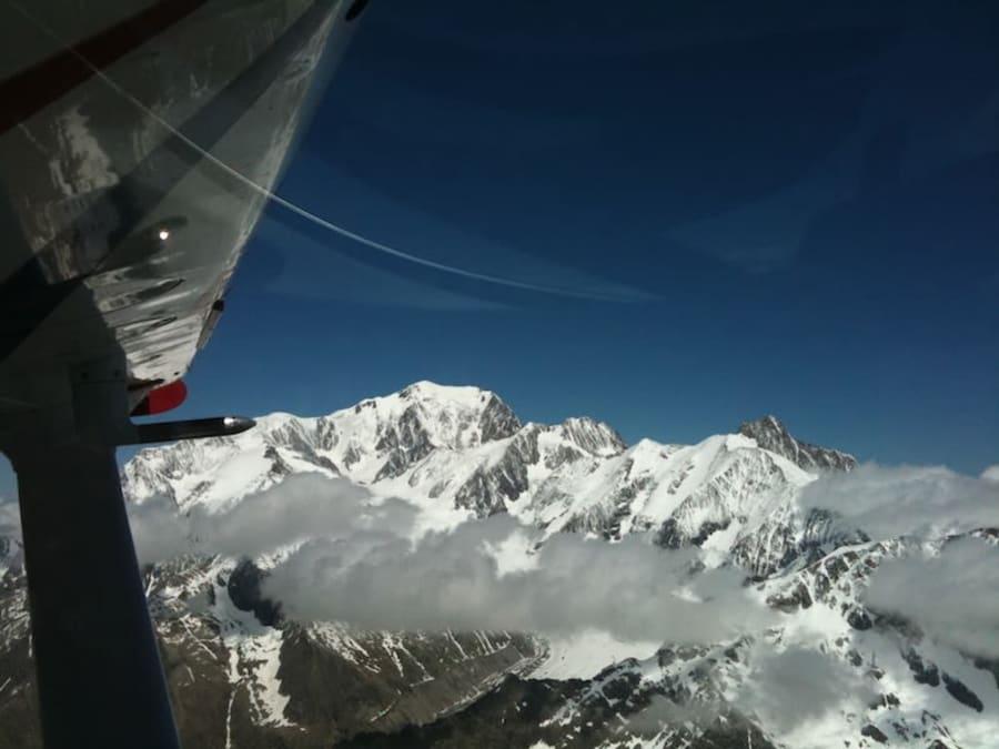 Baptême en parachute tandem en Haute Savoie à Annemasse