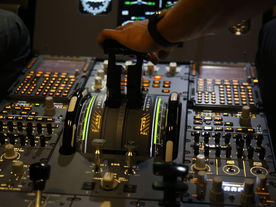 Simulateur de pilotage d'avion de ligne A320 à Paris-Orly
