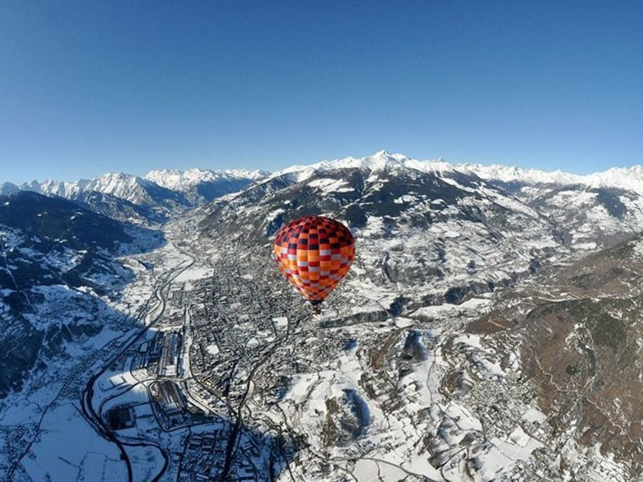 Vol en Montgolfière au dessus des Alpes - Vallée d'Aoste