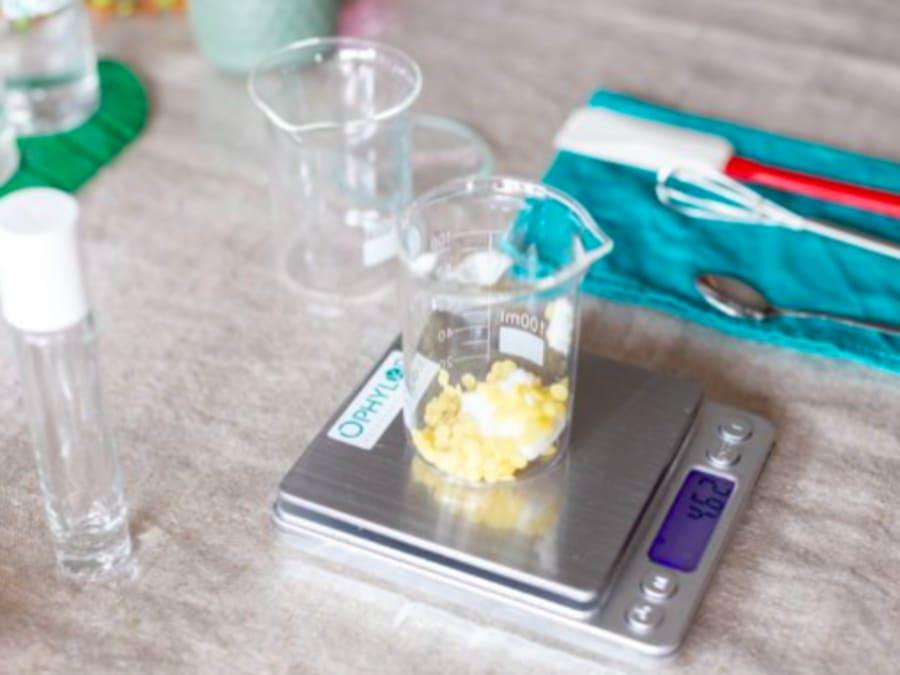 Anniversaire création de cosmétiques 8-14 ans à domicile (IDF)