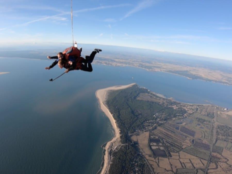 Baptême de saut en parachute tandem à Soulac proche de Bordeaux