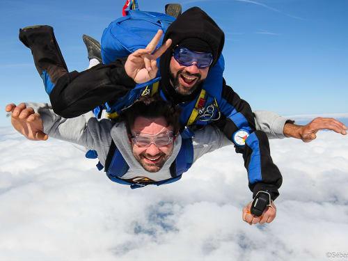Saut en parachute Franche Comté : Parachutisme 71